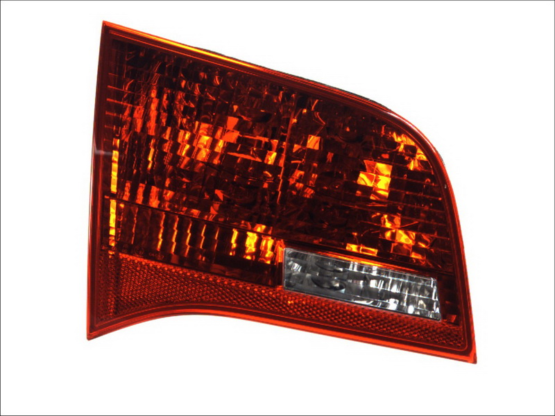 Lampa stop Audi A6 Allroad (4fh, C6), A6 Avant (4f5, C6) Valeo 043327, parte montare : Stanga, Partea interioara