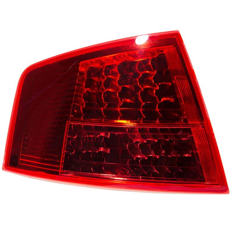 Lampa stop Audi A8 (4e) Ulo 1044011, parte montare : Stanga, Partea exterioara, LED