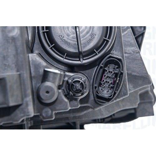 Far Mercedes Clasa GLA (X156) Magneti Marelli 711307024353, parte montare : Dreapta, Halogen