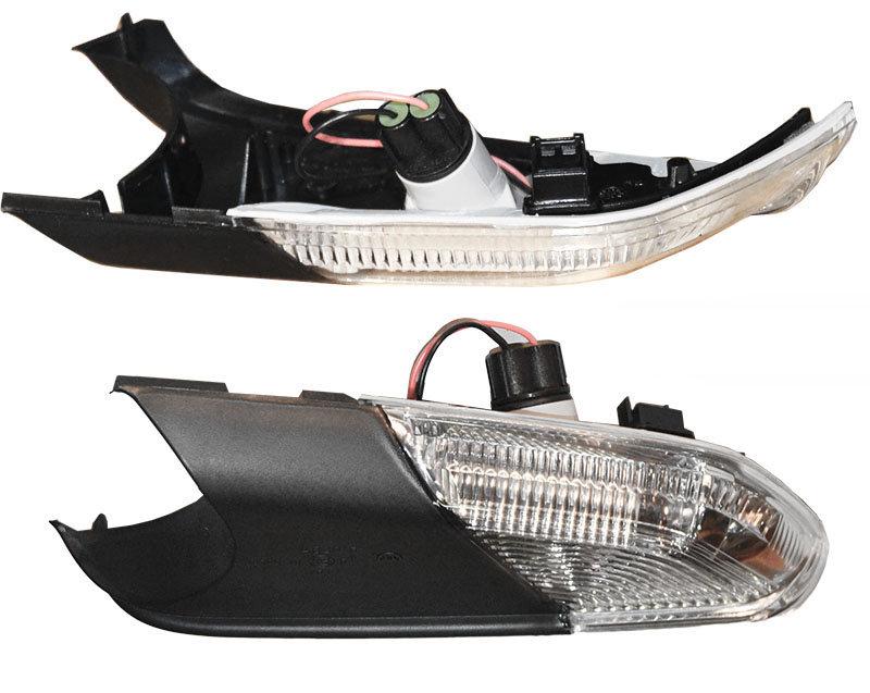 Lampa semnalizare oglinda Skoda Octavia 2 1Z3 Octavia Combi 1Z5 2004-2008 1Z0949101D cu lumina inferioara stanga