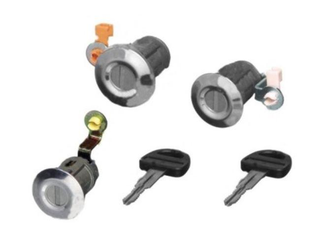Set yale inchidere Suzuki Vitara 5-Usi, 1996-12.2003, cu chei, cu 2 butuci blocare usa, cu buton de eliberare, fata/spate, 82201-60860/50,