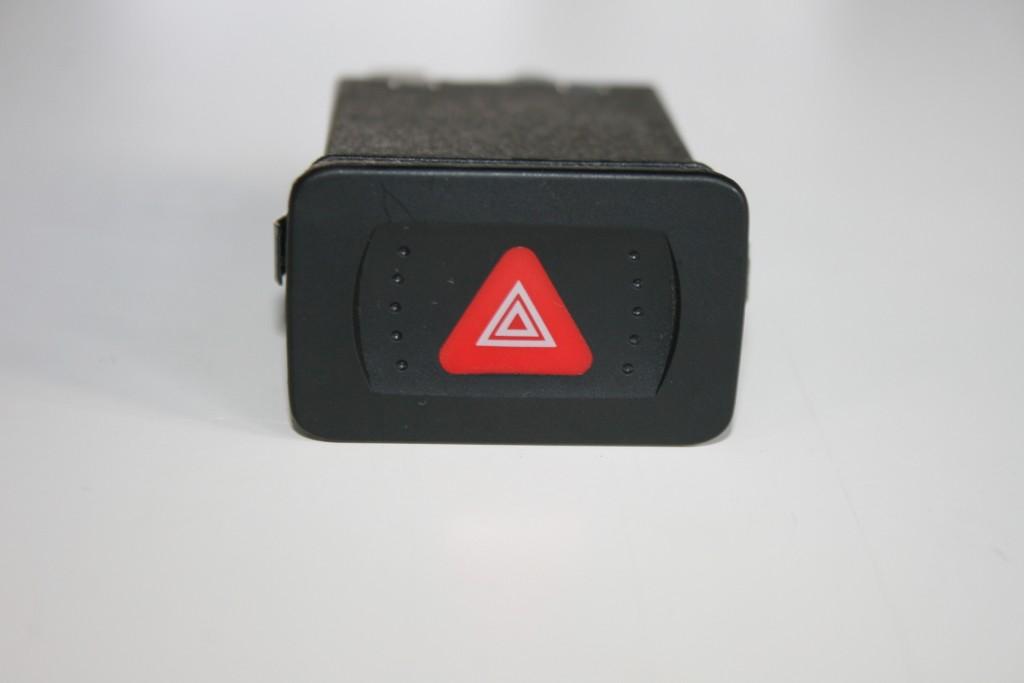 Comutator lumini avarie Vw Golf 4 Hatchback si Combi 1998-2003 si Bora 1998-2005 Buton releu semnalizare 1J0953235C